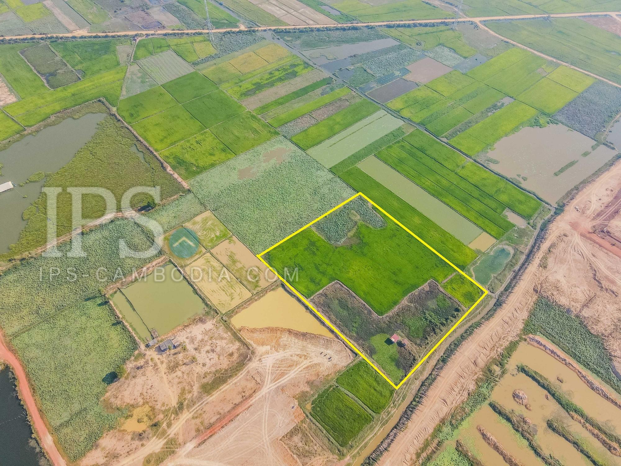 13000 Sqm Land For Sale - Sangkat Siem Reap, Siem Reap