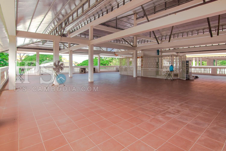 128 Sqm Commercial Building For Rent - Wat Damnak, Siem Reap