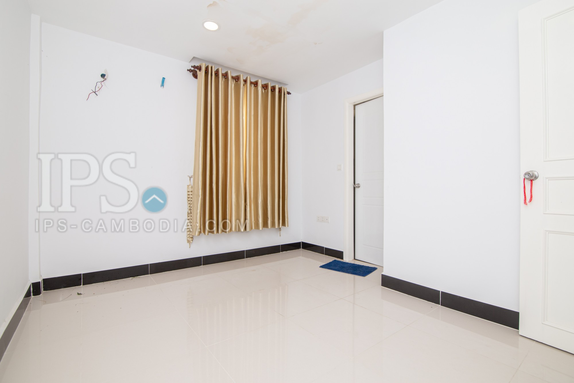 3 Bedroom Twin Villa For Sale - Preak Leab, Chroy Changvar, Phnom Penh