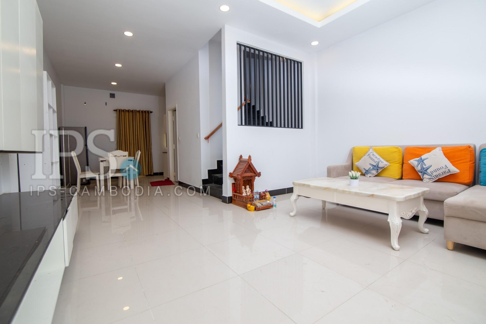 3 Bedroom Twin Villa For Rent - Preak Leab, Chroy Changvar, Phnom Penh