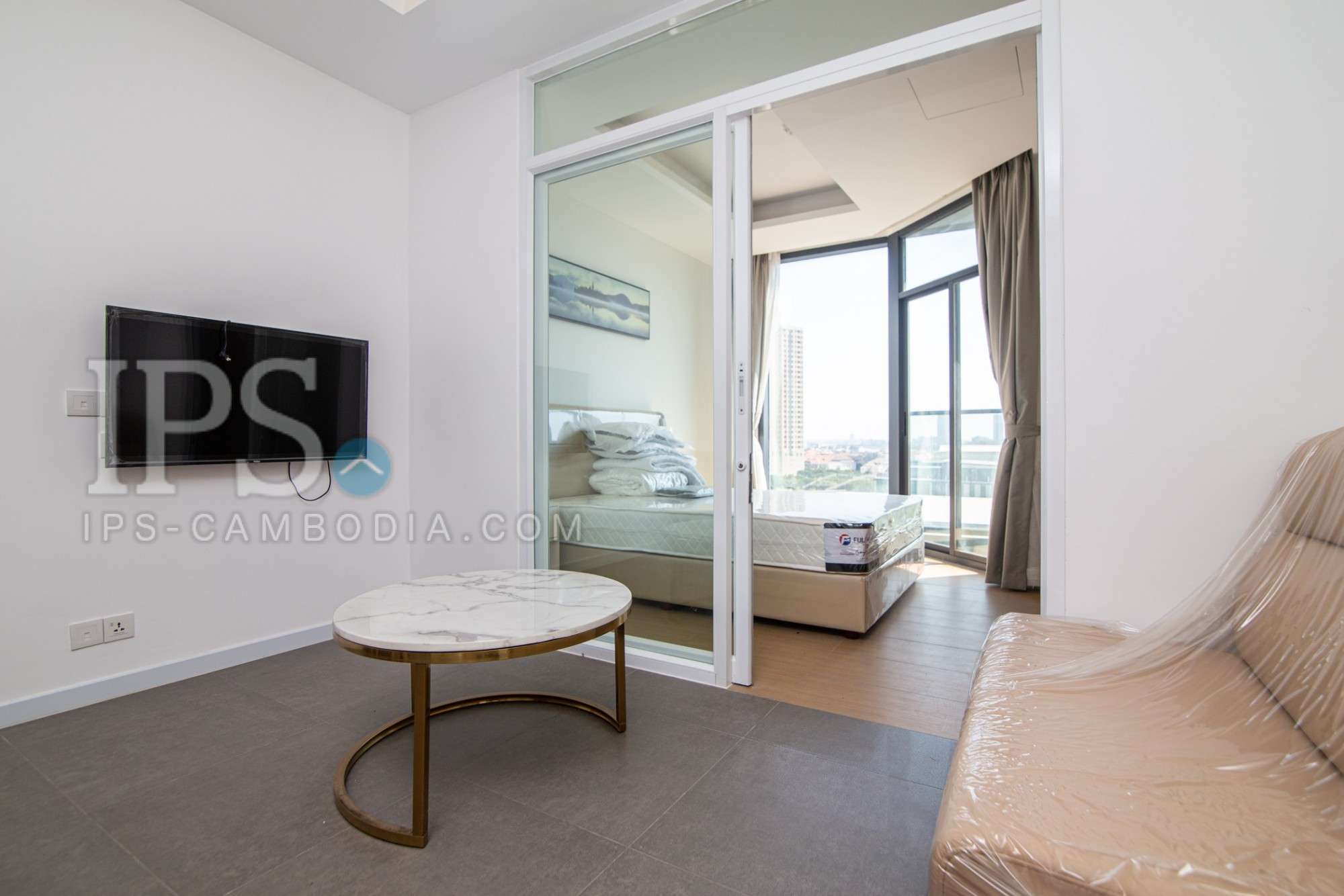 2 Bedroom Condo For Rent - Tonle Bassac, Chamkarmorn, Phnom Penh