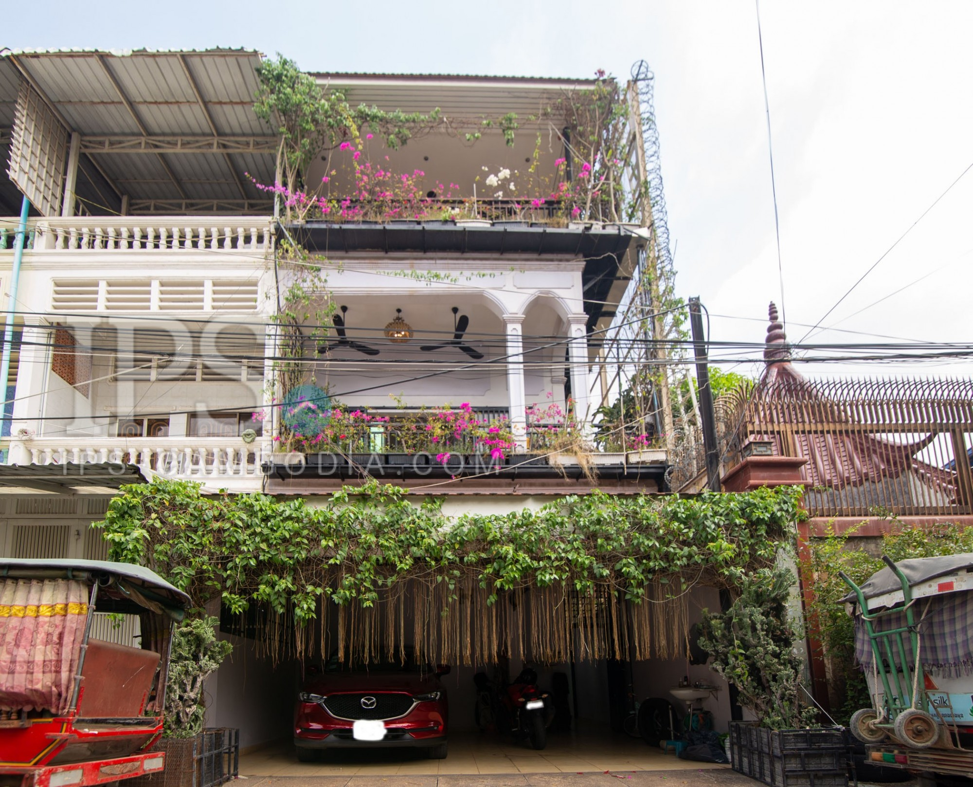 5 Bedroom Townhouse For Rent - Toul Svay Prey 1, Phnom Penh