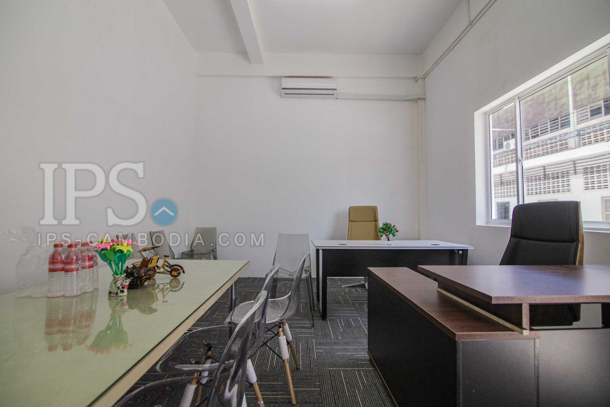 72 Sqm. Serviced Warehouse And Office Space For Rent - Chak Angrae Kraom, Phnom Penh