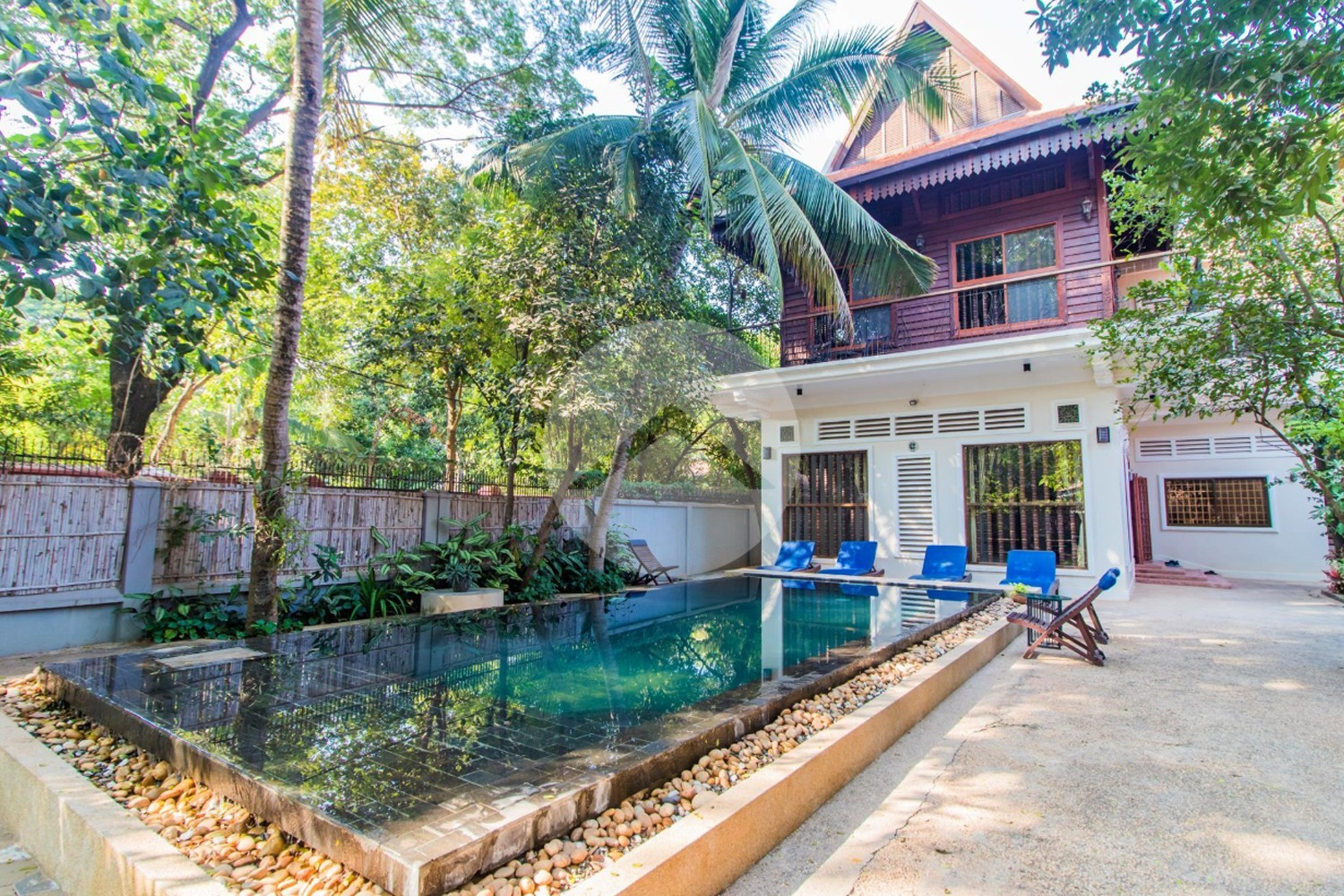 4 Bedroom Villa For Sale - Slor Kram, Siem Reap