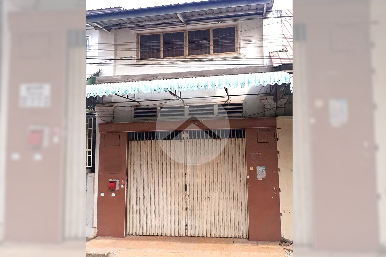 99 Sqm Shophouse For Sale - Pub Street, Krong Battambang