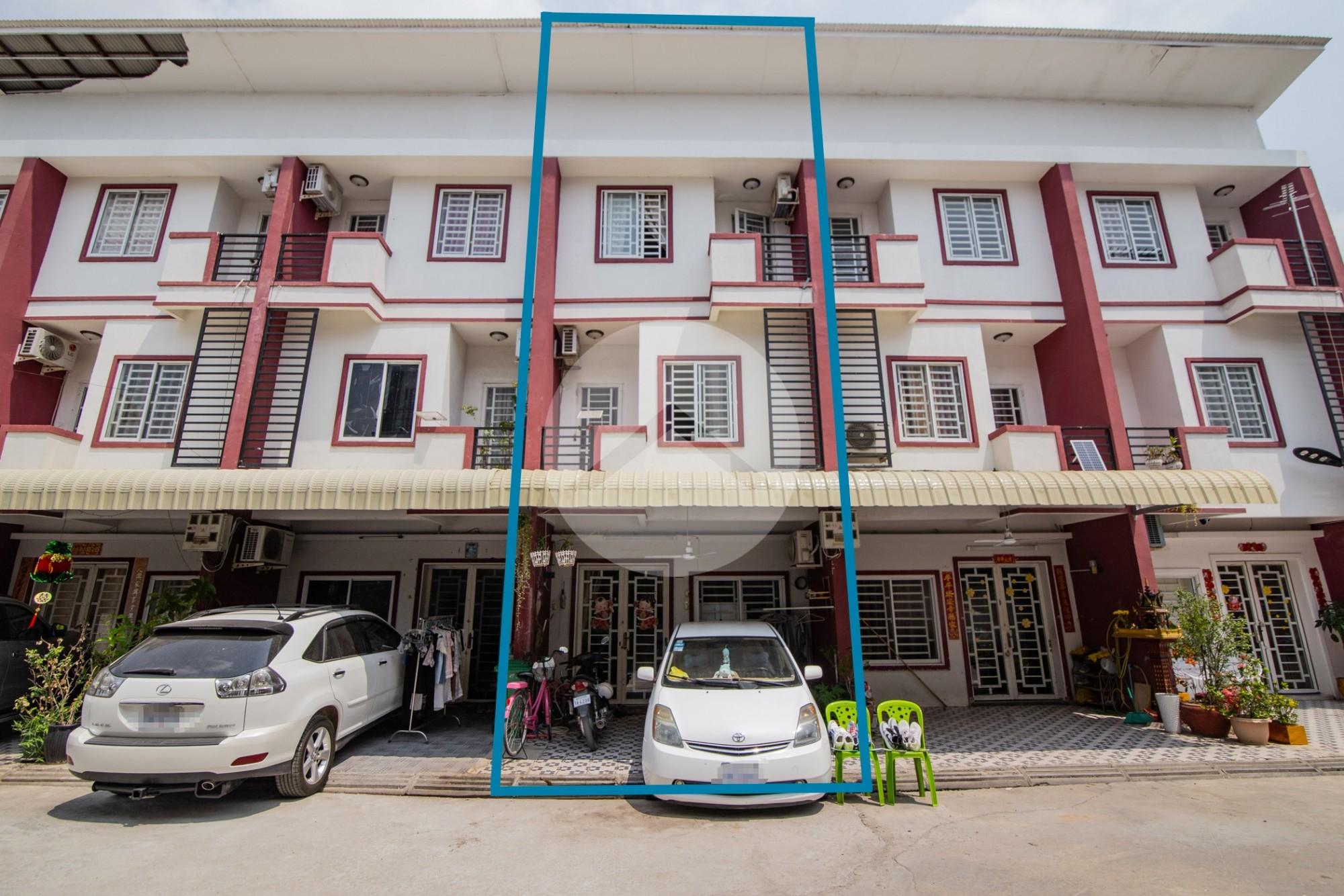 3 Bedroom Townhouse For Sale - Nirot, Phnom Penh
