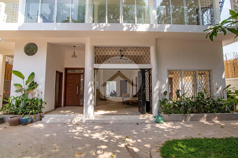 7 Bedroom Villa For Rent - Toul Tom Poung, Phnom Penh