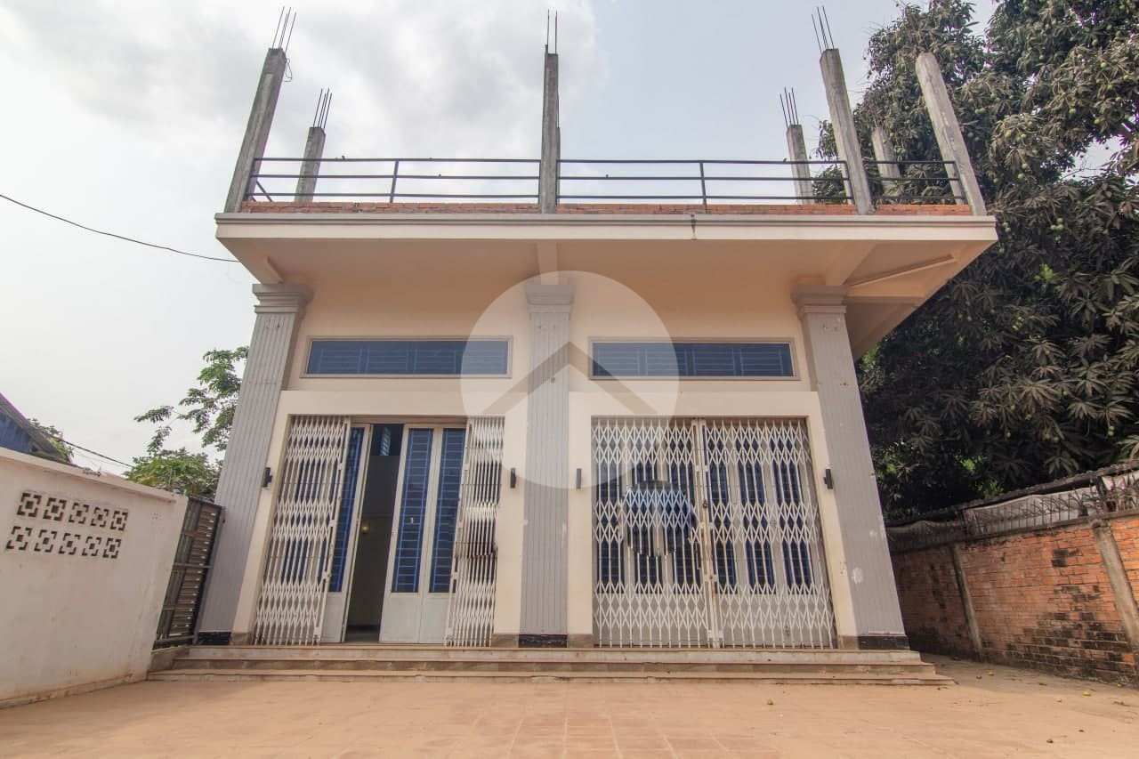 2 Bedroom Shophouse For Rent - Sala Kamreuk, Siem Reap