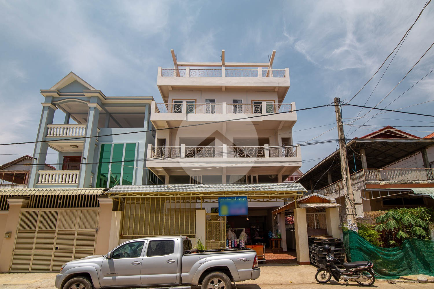 12 Bedroom Townhouse For Rent - Khan Por Sen Chey, Phnom Penh