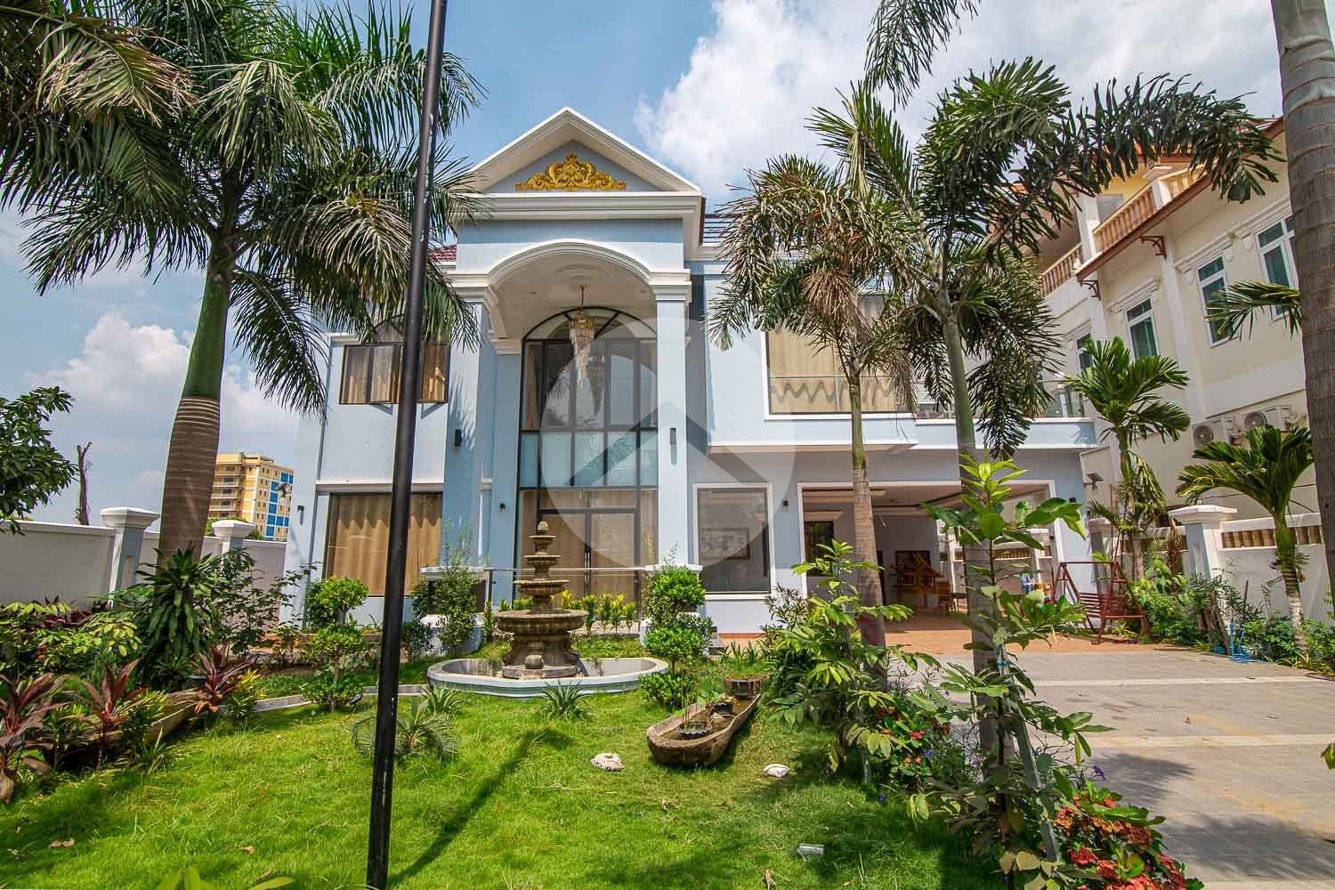 5 Bedroom Villa For Rent - Russey Keo, Phnom Penh