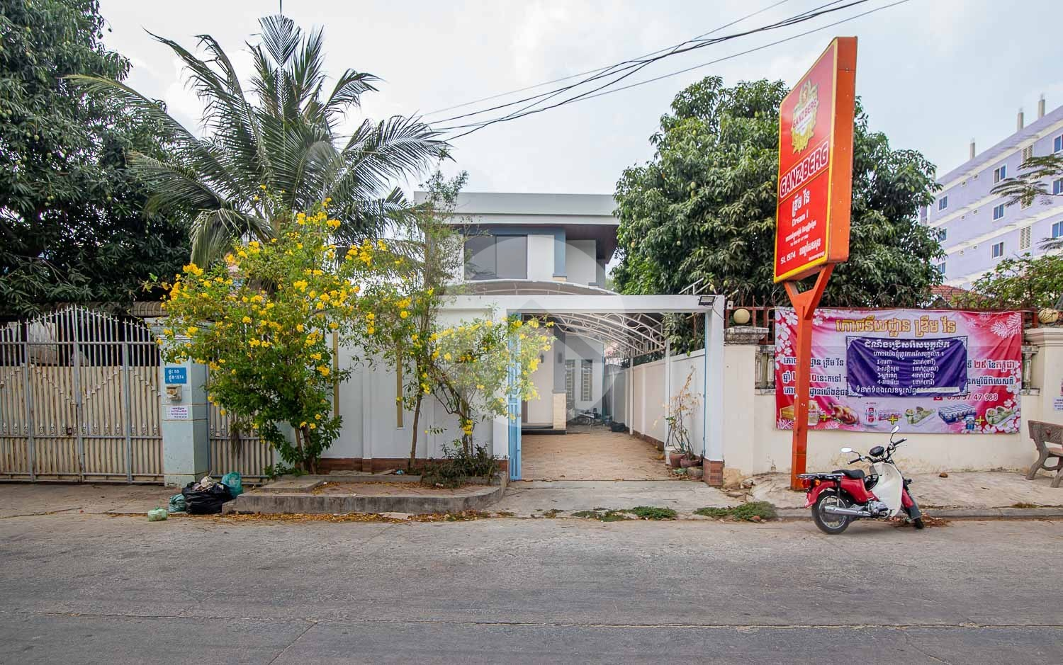 3 Bedroom House For Rent - Sen Sok, Phnom Penh