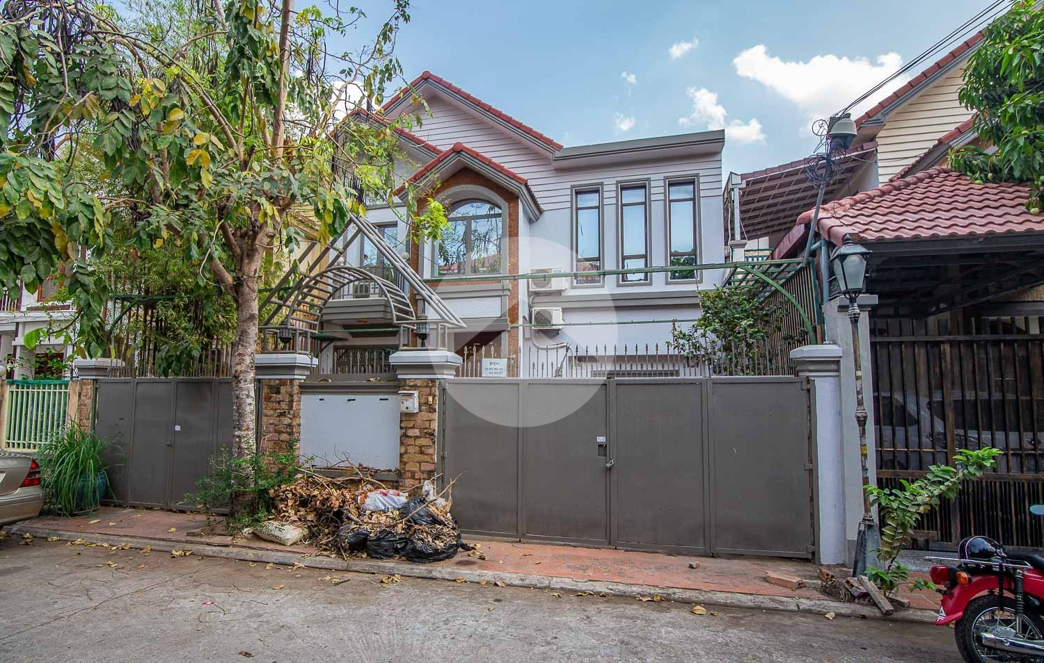 5 Bedroom Villa For Rent - Chroy Changvar, Phnom Penh