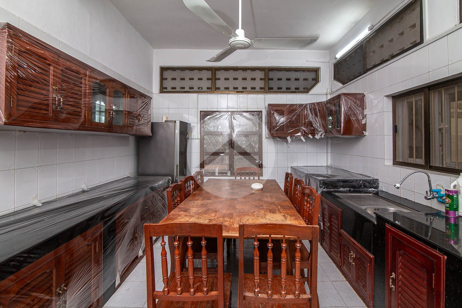 3 Bedroom Townhouse For Rent - Tonle Bassac, Phnom Penh