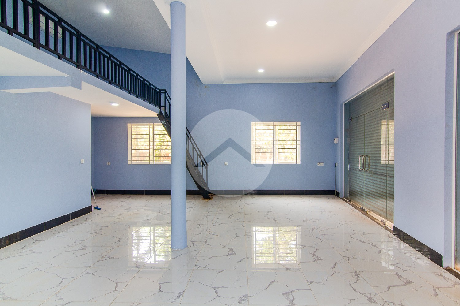 64 Sqm Commercial Space With Mezzanine For Rent - Sala Kamreuk, Siem Reap