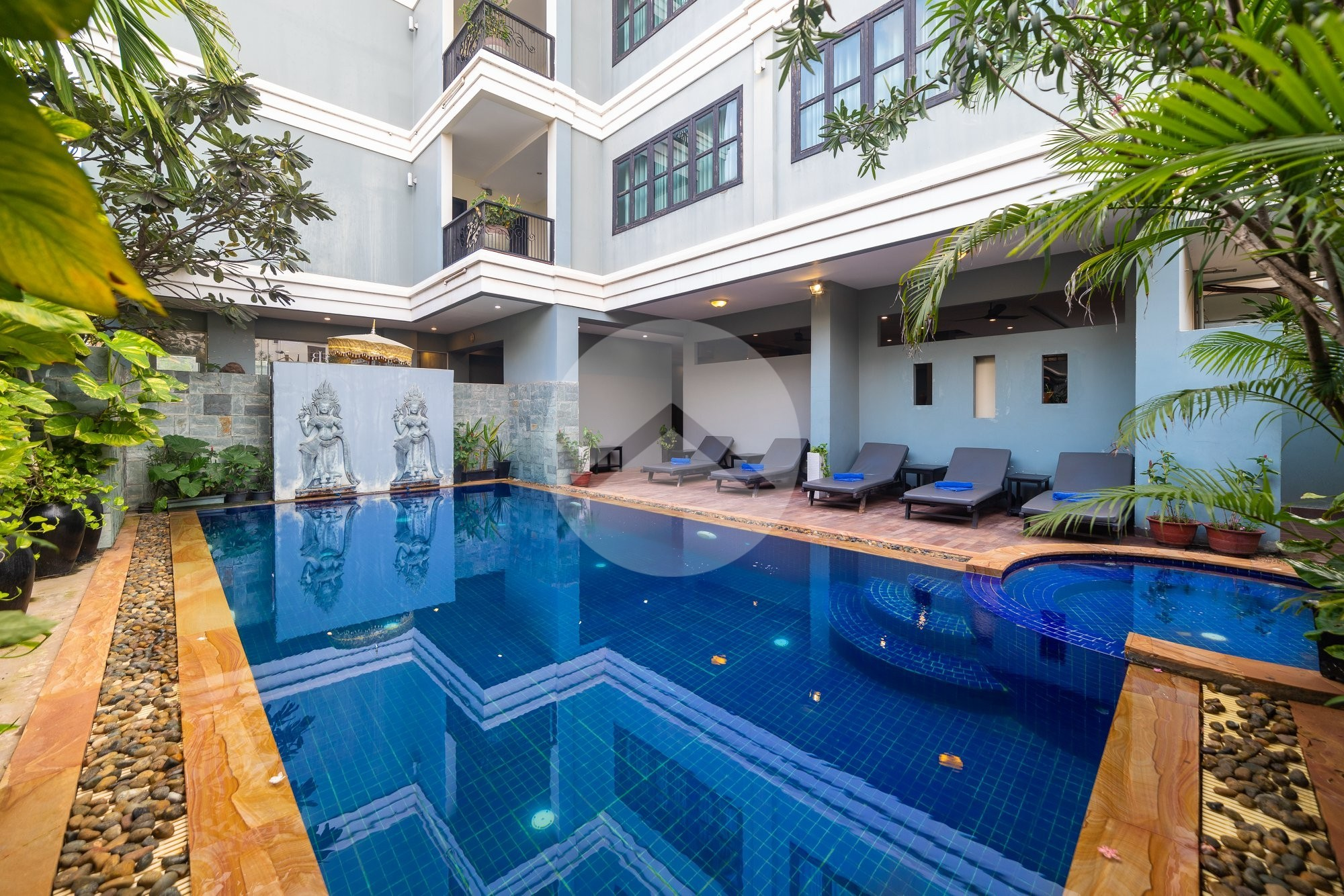 36 Room Boutique Hotel Compound For Rent - Night Market Area, Siem Reap