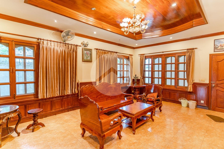 4 Bedroom Villa For Rent - Sala Kamreuk, Siem Reap