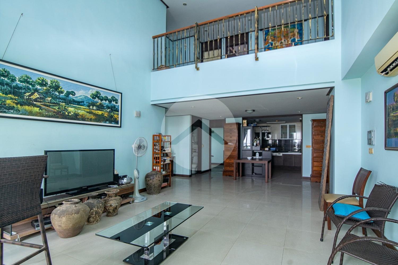 4 Bedroom Duplex Condo For Sale - Boeung Kak 2, Phnom Penh