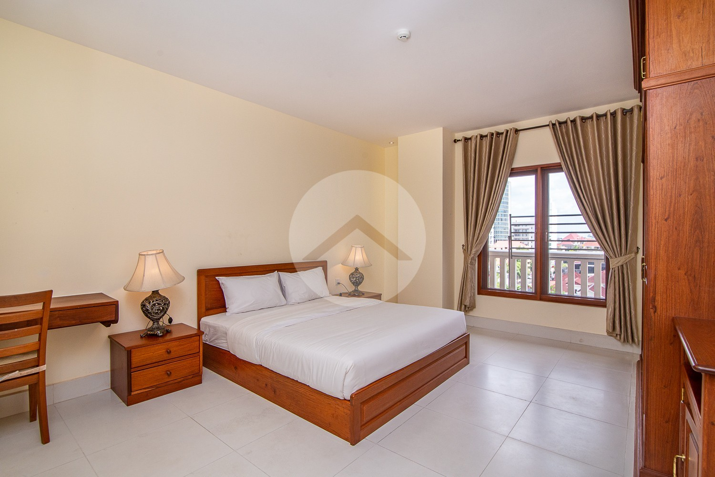 3 Bedroom Apartment For Rent - BKK1, Phnom Penh