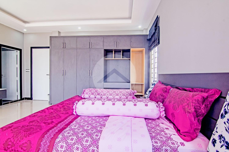 4 Bedroom Villa For Sale - Svay Thom, Siem Reap
