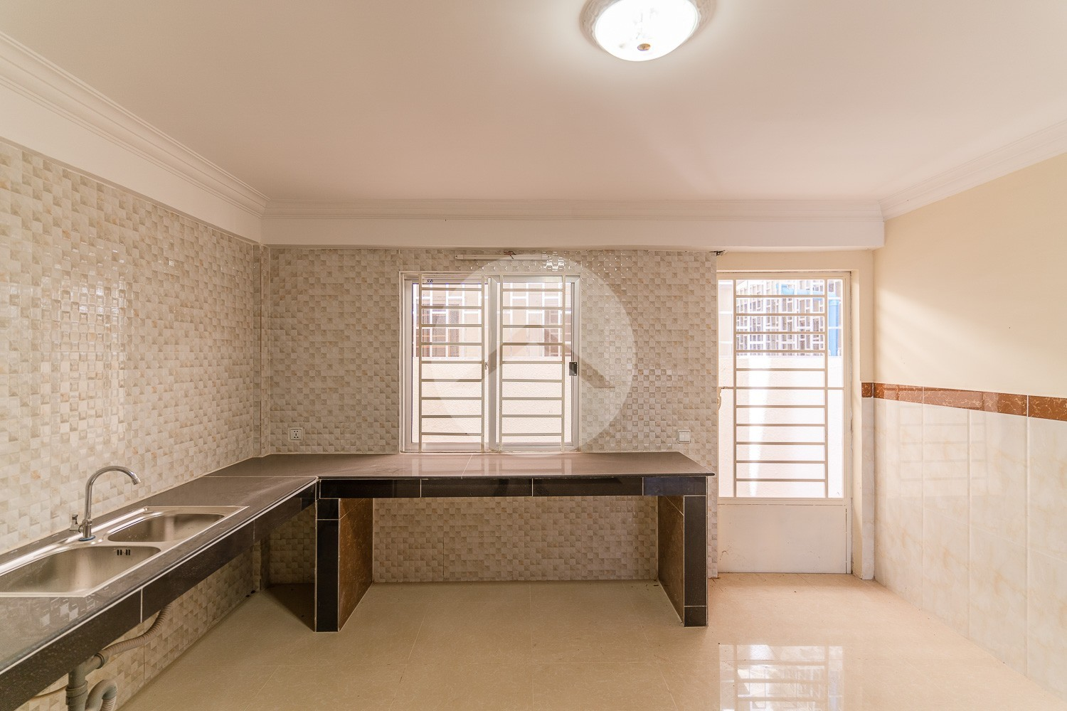 2 Bedroom Shophouse For Sale - Svay Thom, Siem Reap