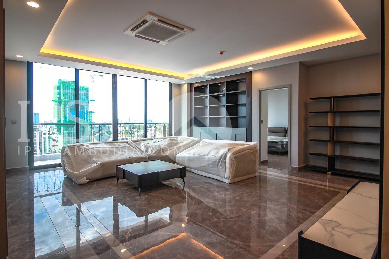 4 Bedroom Serviced Apartment For Rent - BKK1, Phnom Penh