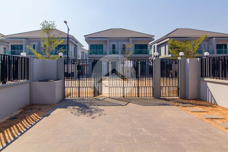 3 Bedroom Twin Villa For Sale - Svay Thom, Siem Reap