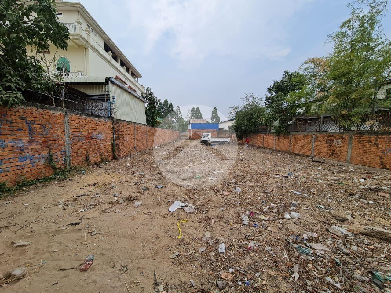 700 Sqm Commercial Land For Sale - Khan Por Sen Chey, Phnom Penh