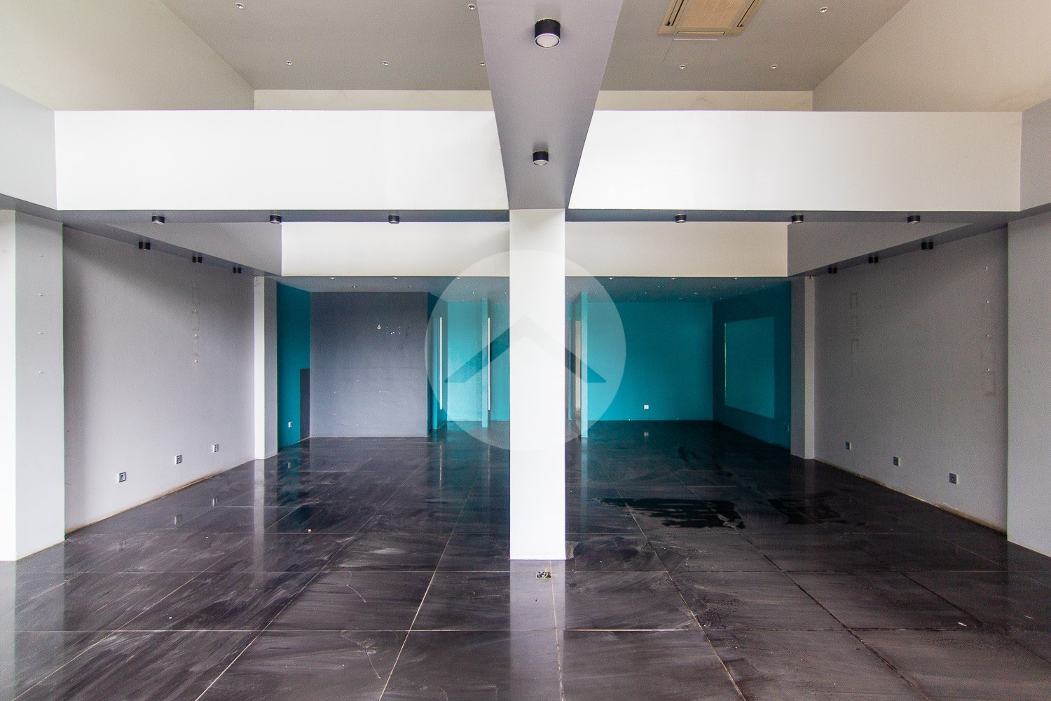 100 Sqm Commercial Space For Rent - Svay Dangkum, Siem Reap