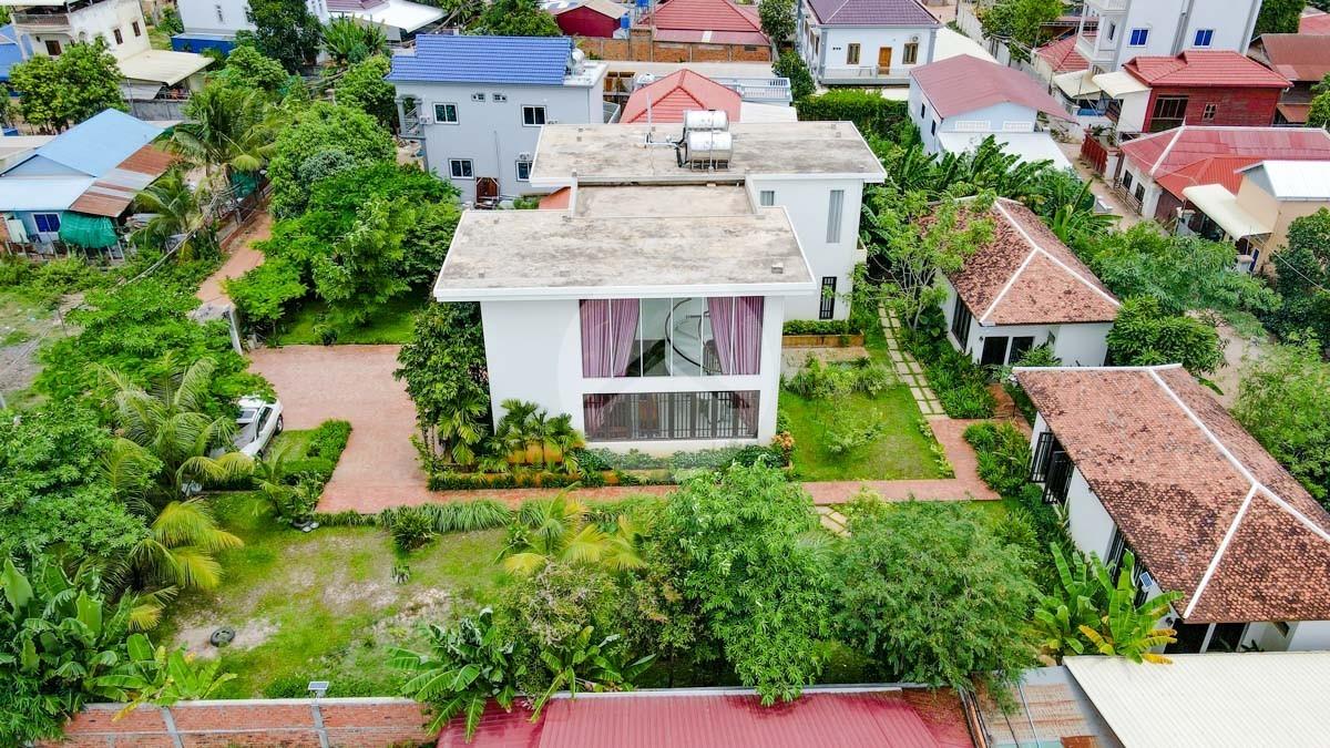 7 Bedroom Villa Compound For Rent - Slor Kram, Siem Reap