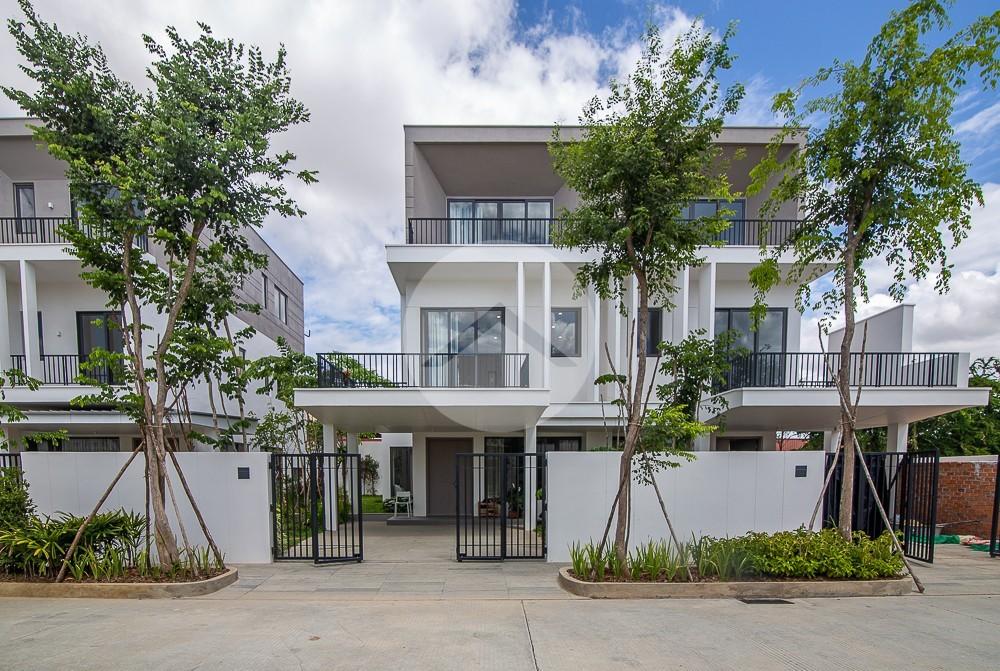 4 Bedroom Villa Plous For Sale - Chankiri Palm Creek, Phnom Penh