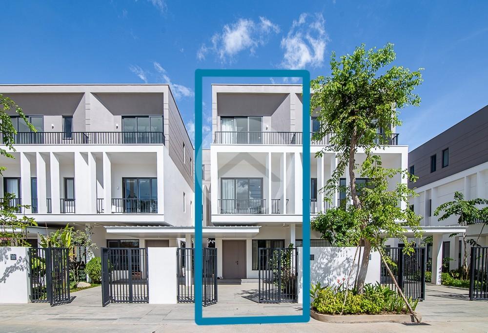 3 Bedroom Villa Plous Touch For Sale - Chankiri Palm Creek, Phnom Penh