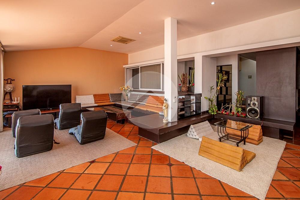 3 Bedroom Apartment For Rent - Chroy Changvar, Phnom Penh