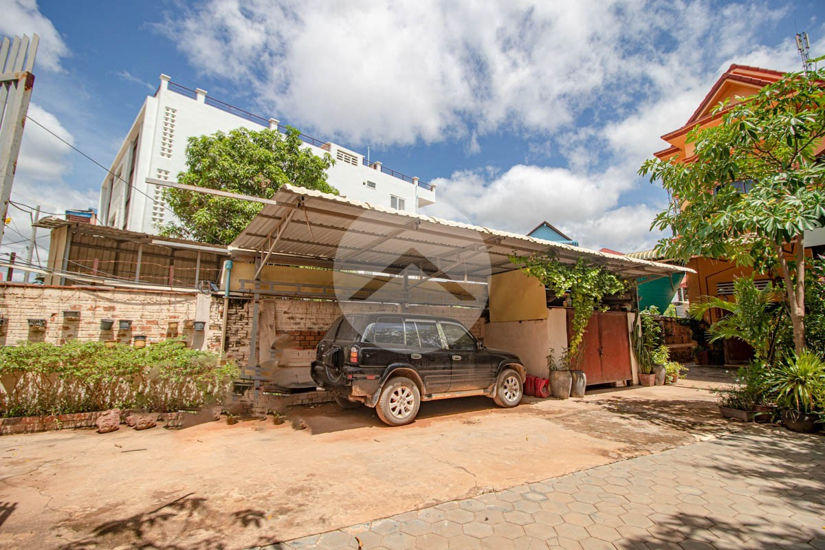 5 Bedroom House For Rent - Sala Kamreuk, Siem Reap