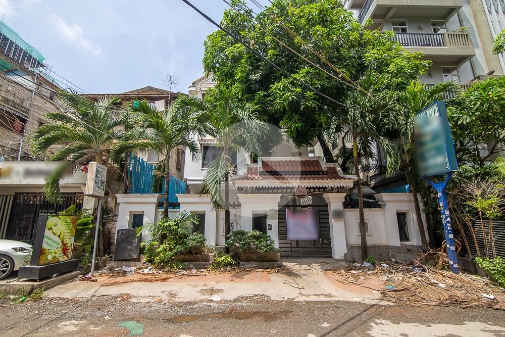 13 Room Commercial Villa For Rent - Daun Penh, Phnom Penh