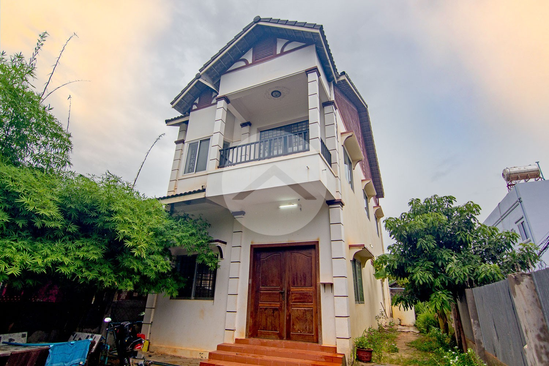 3 Bedroom Villa For Sale - Svay Dangkum, Siem Reap