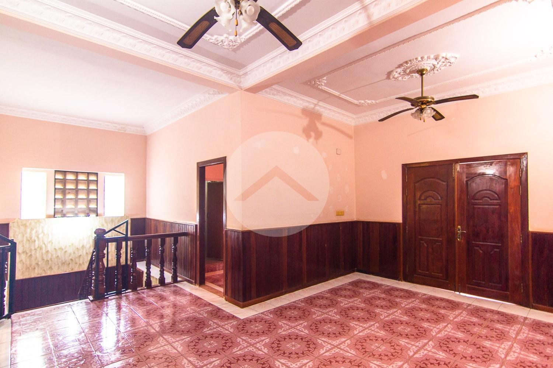 5 Bedroom House for Sale in- Slor Kram, Siem Reap
