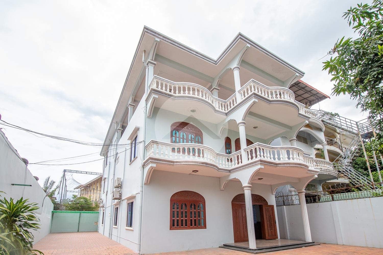6 Bedrooms Villa With Pool For Rent - Tonle Bassac, Phnom Penh