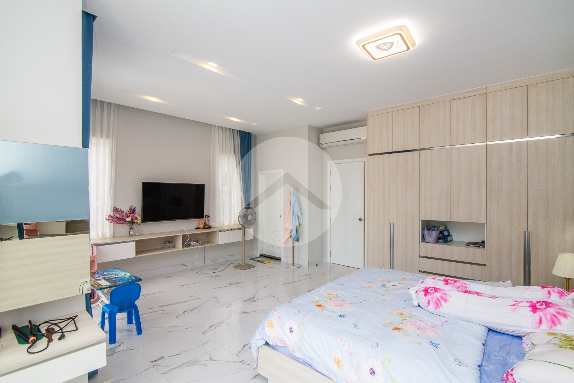 4 Bedroom Twin Villa For Rent - Sen Sok, Phnom Penh