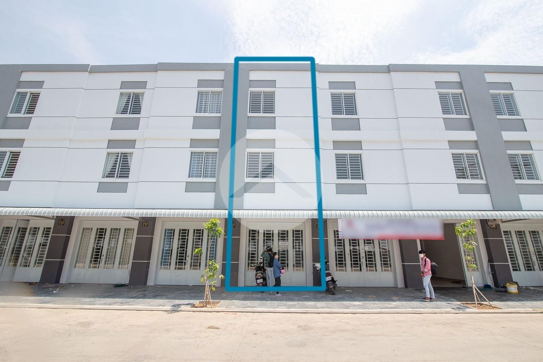 4 Bedroom Linked House For Sale - Preaek Kampues, Phnom Penh