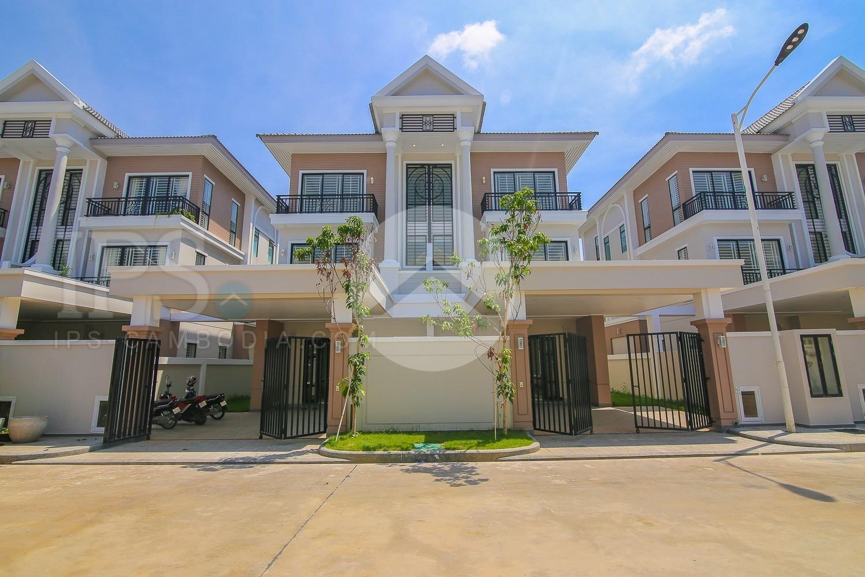 4 Bedroom Villa For Sale - Choeung Ek, Phnom Penh