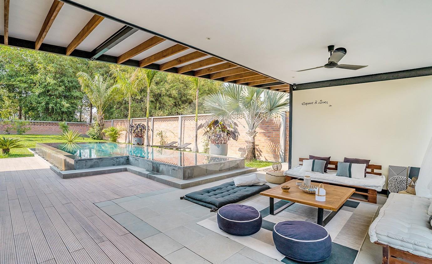 4 Bedroom Luxury Villa For Sale - Svay Dangkum, Siem Reap