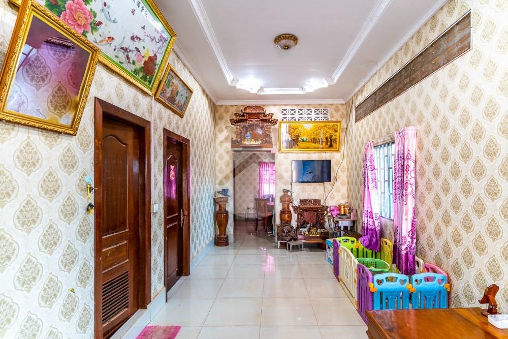 3 Bedroom House For Sale - Sala Kamreuk, Siem Reap