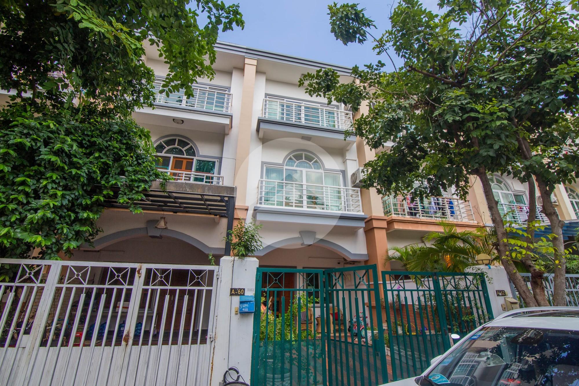 4 Bedroom Link House For Rent - Bassac Garden City, Phnom Penh