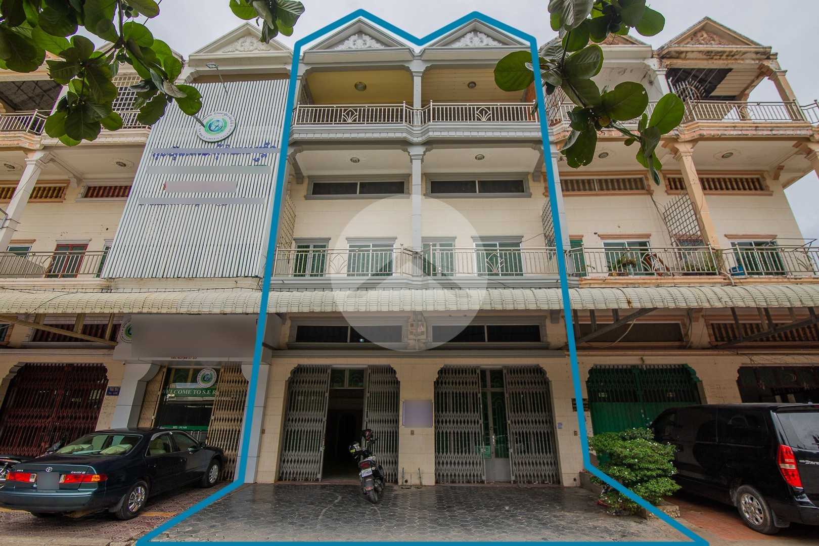 12 Room Flat Houses For Sale - Toul Kork, Phnom Penh