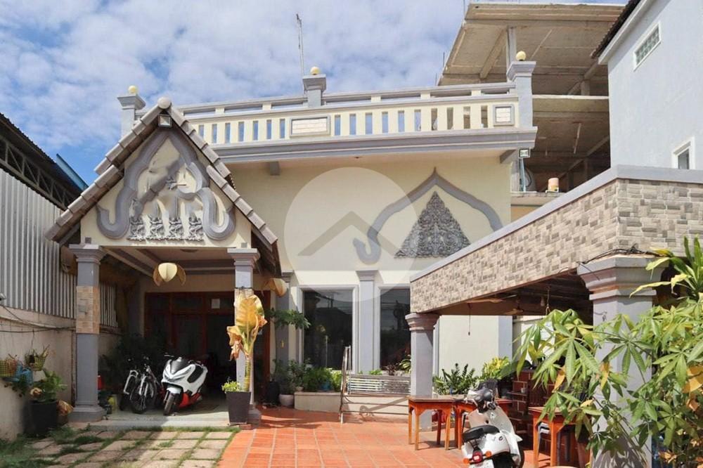 20 Bedroom Guesthouse For Sale - Svay Dangkum, Siem Reap