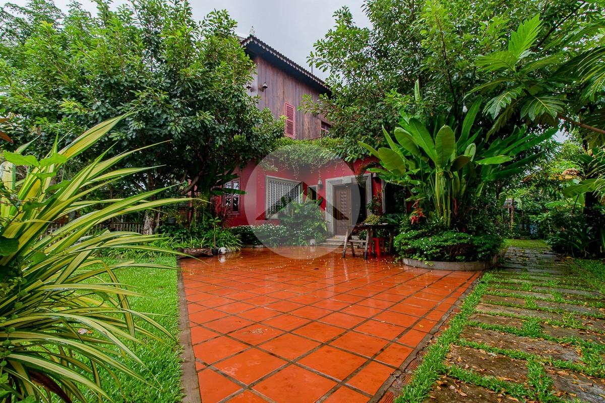 4 Bedroom House For Sale - Sangkhat Siem Reap, Siem Reap