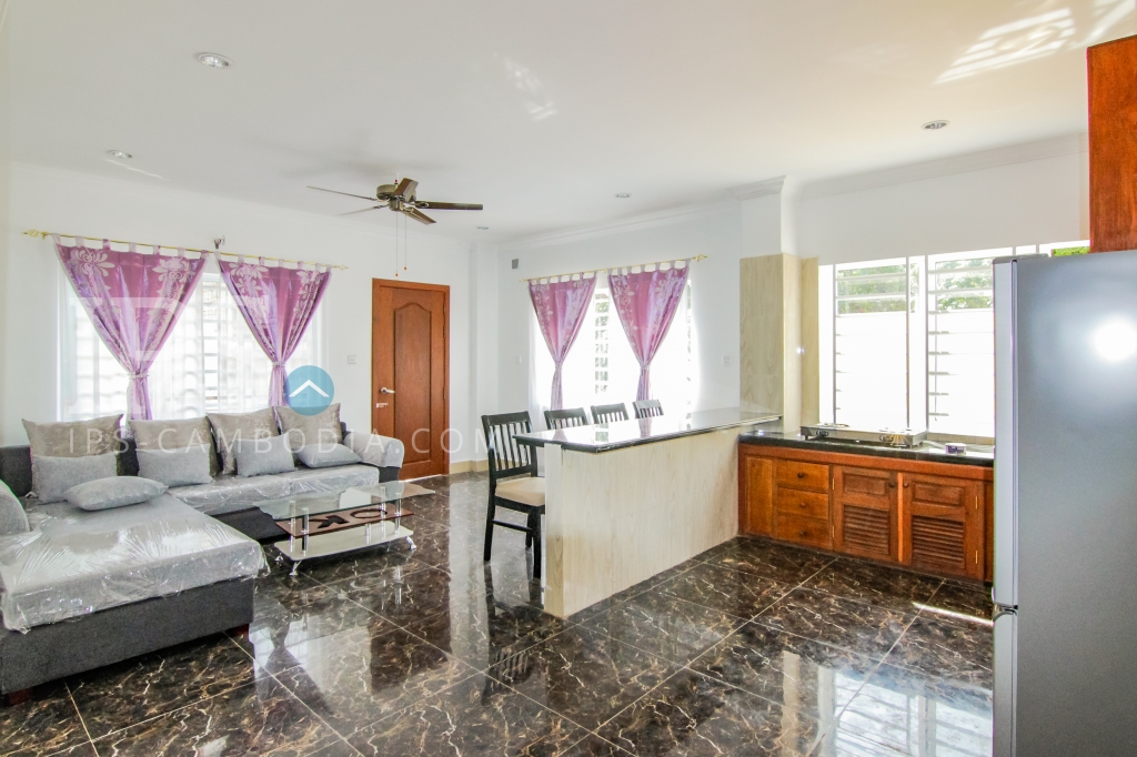 Two Bedroom Apartment For Rent in Tonle Bassac, Phnom Penh