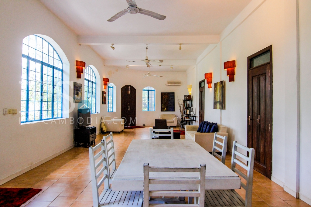 Apartment for Rent in Daun Penh - Two Bedrooms
