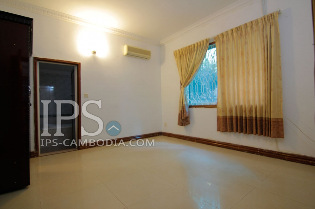 Two Bedroom Wooden Townhouse for Sale in Phnom Penh